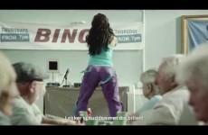 Muziek uit de Specsavers reclame 'Sexy and I know it'