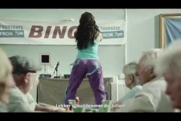 Muziek uit de Specsavers reclame 'Sexy and I know it'